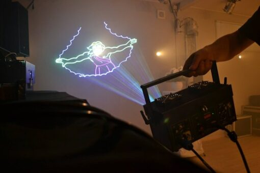 рисующий лазер